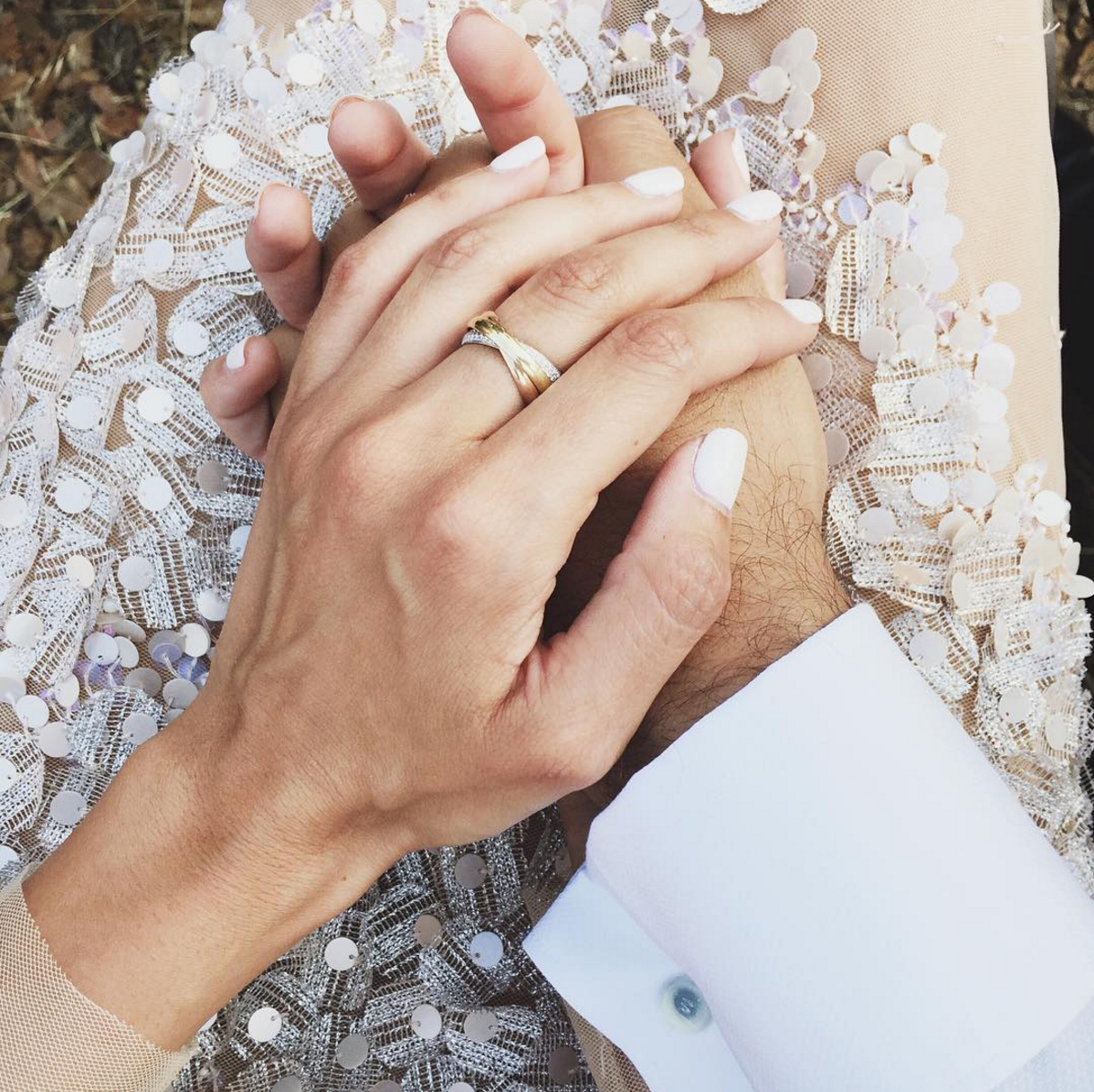 A Fashion Blogger's Stunning Wedding Dress (and wedding jewelry)