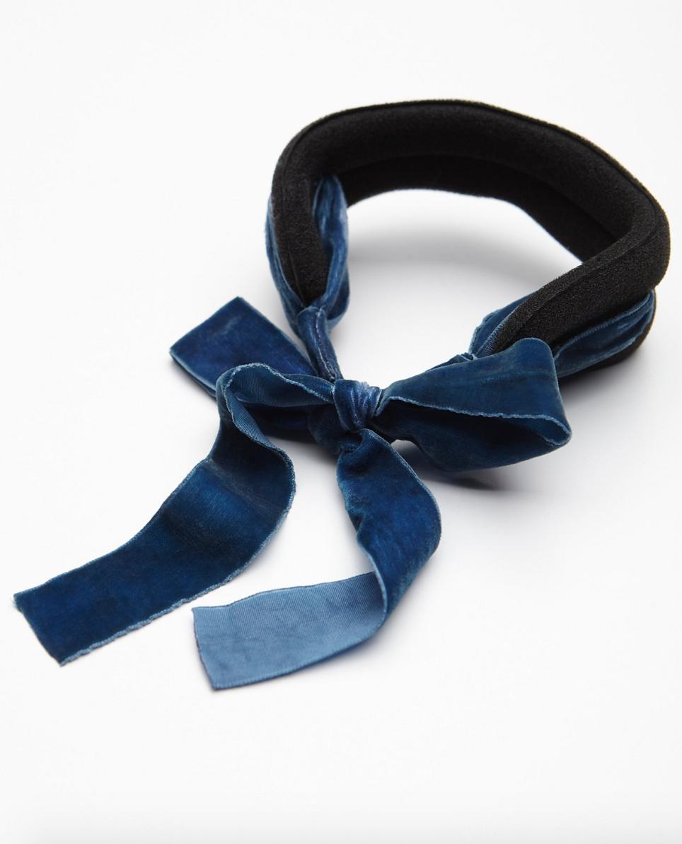Messy Bun Upgrade Put A Velvet Chignon Bow On It Glitter Inc