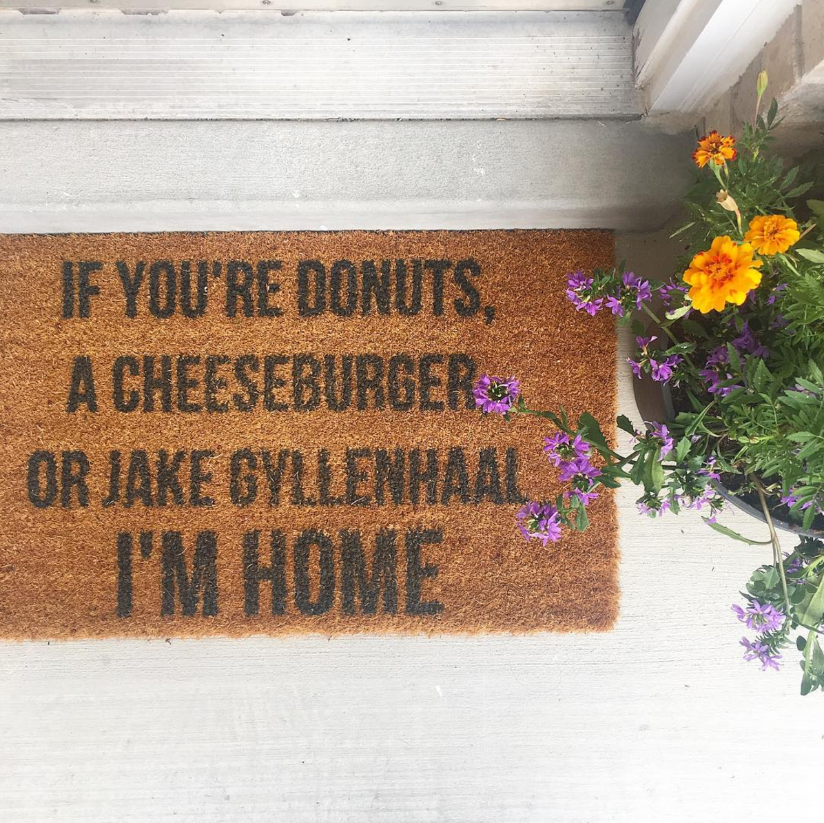 Where to Find The Cutest Doormats Ever: Donuts, Cheeseburger, Jake Gyllenhaal Doormat. Click through for the details. | glitterinc.com | @glitterinc