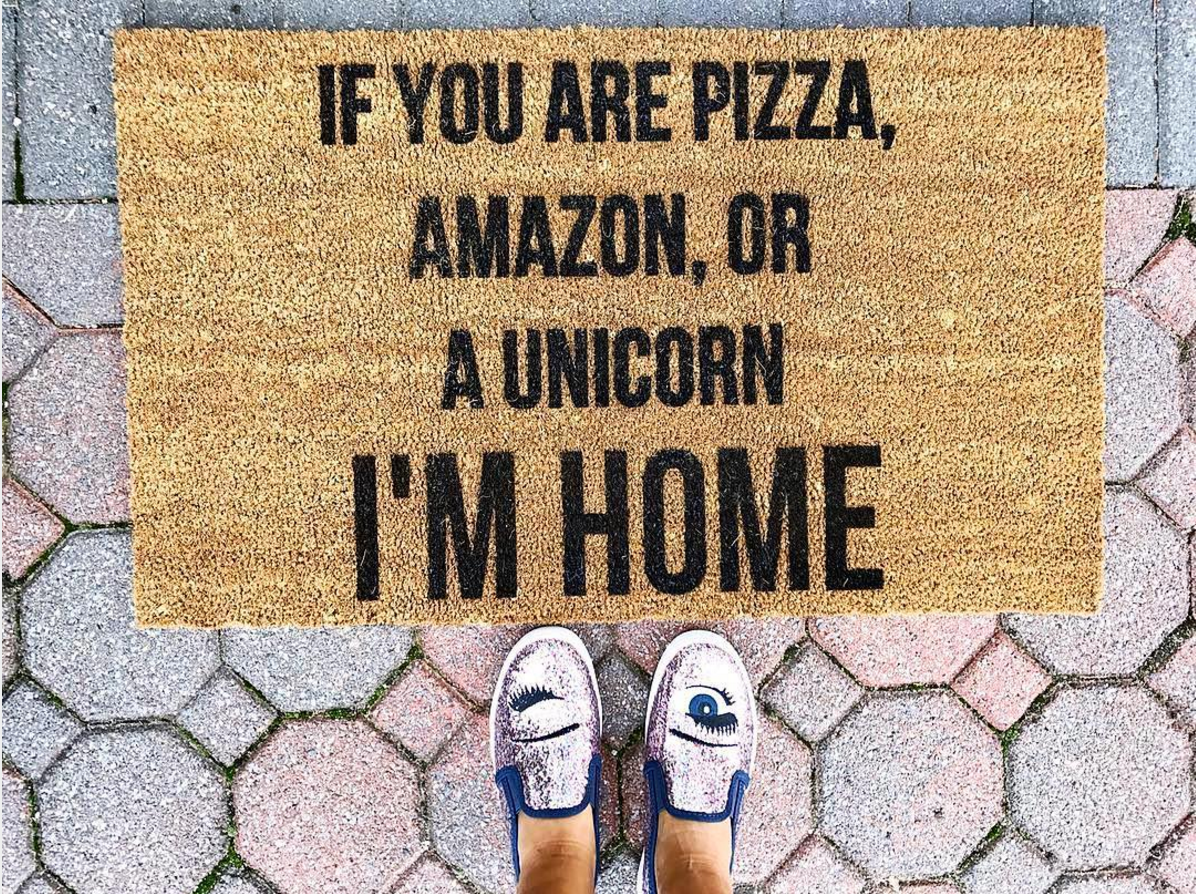 Where to Find The Cutest Doormats Ever: If You Are Pizza, Amazon, or a Unicorn, I'm Home Doormat. Click through for the details. | glitterinc.com | @glitterinc