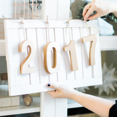 DIY Farmhouse New Year's Eve Wood Sign