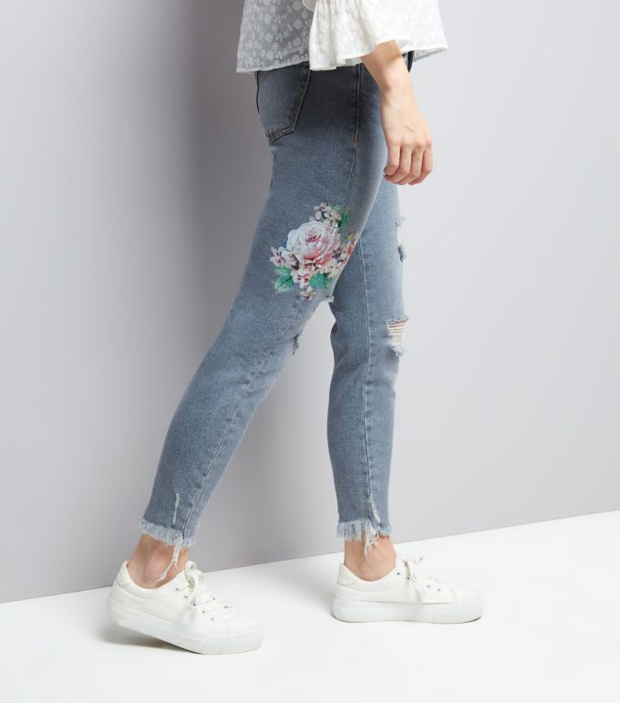 New Look Blue Floral Embroidered Skinny Jenna Jeans