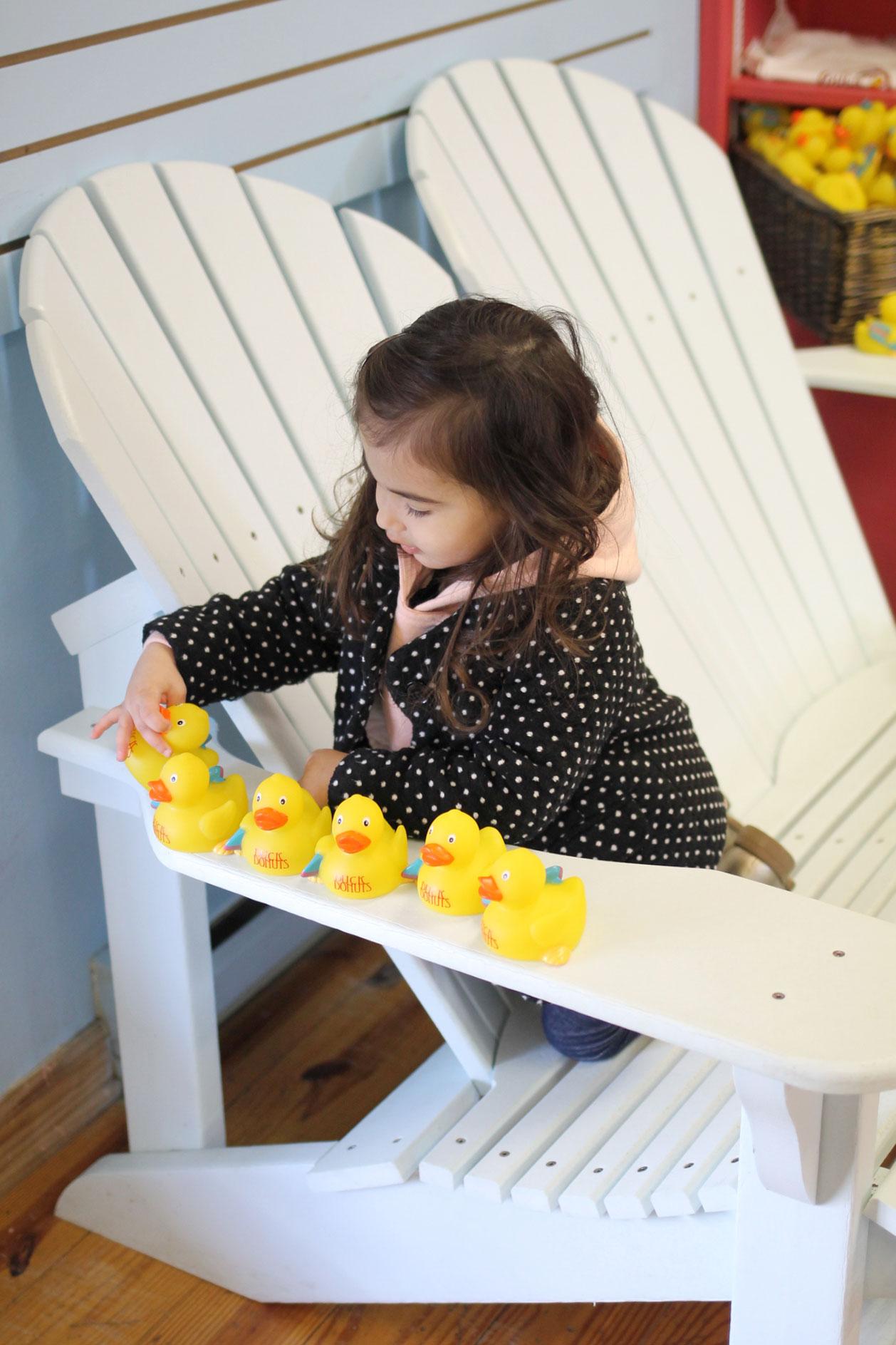 duck-donuts-scarlett