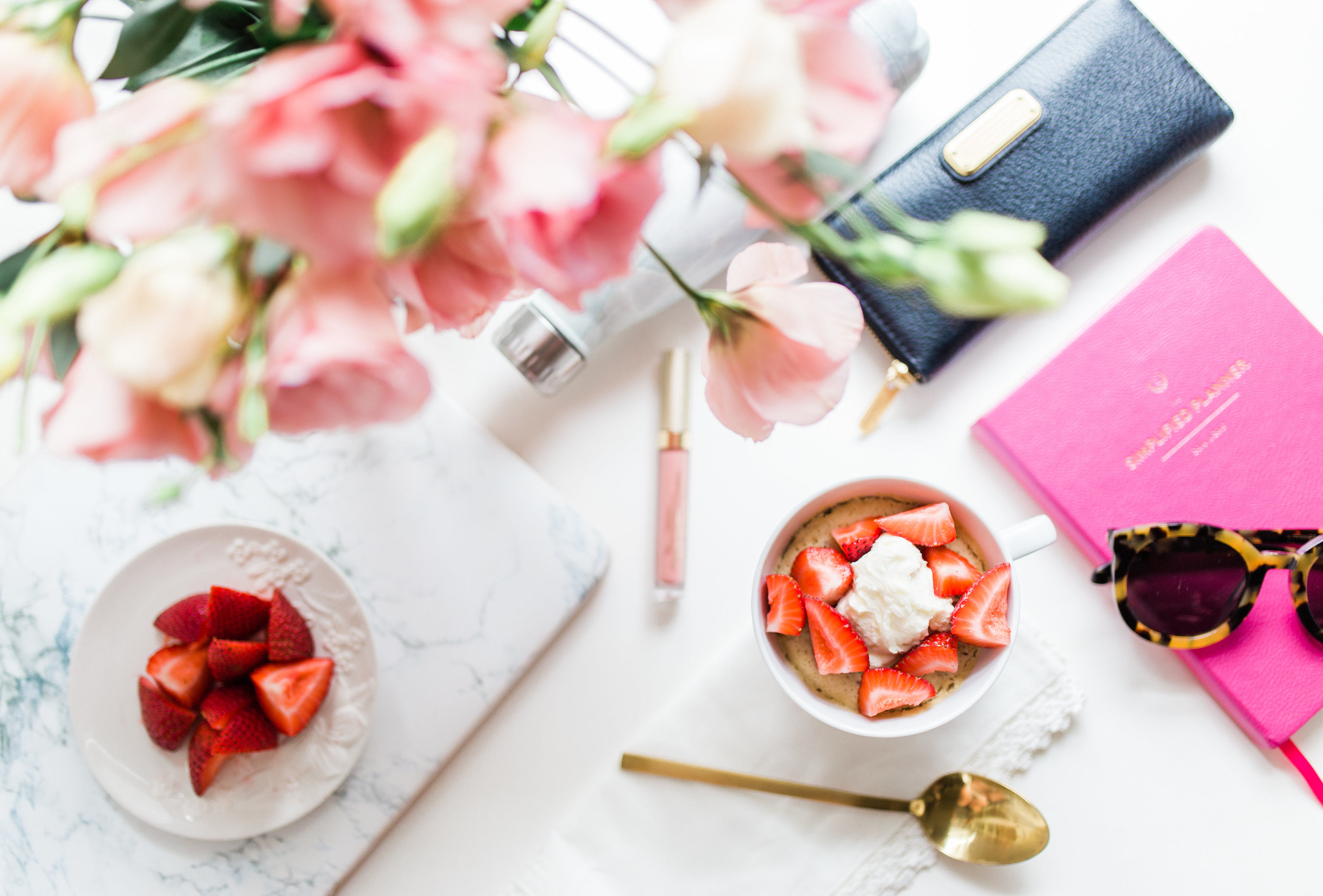 My Busy Mom Breakfast Hack; because let's face it, the morning struggle is real. Click through for the details.   glitterinc.com   @glitterinc