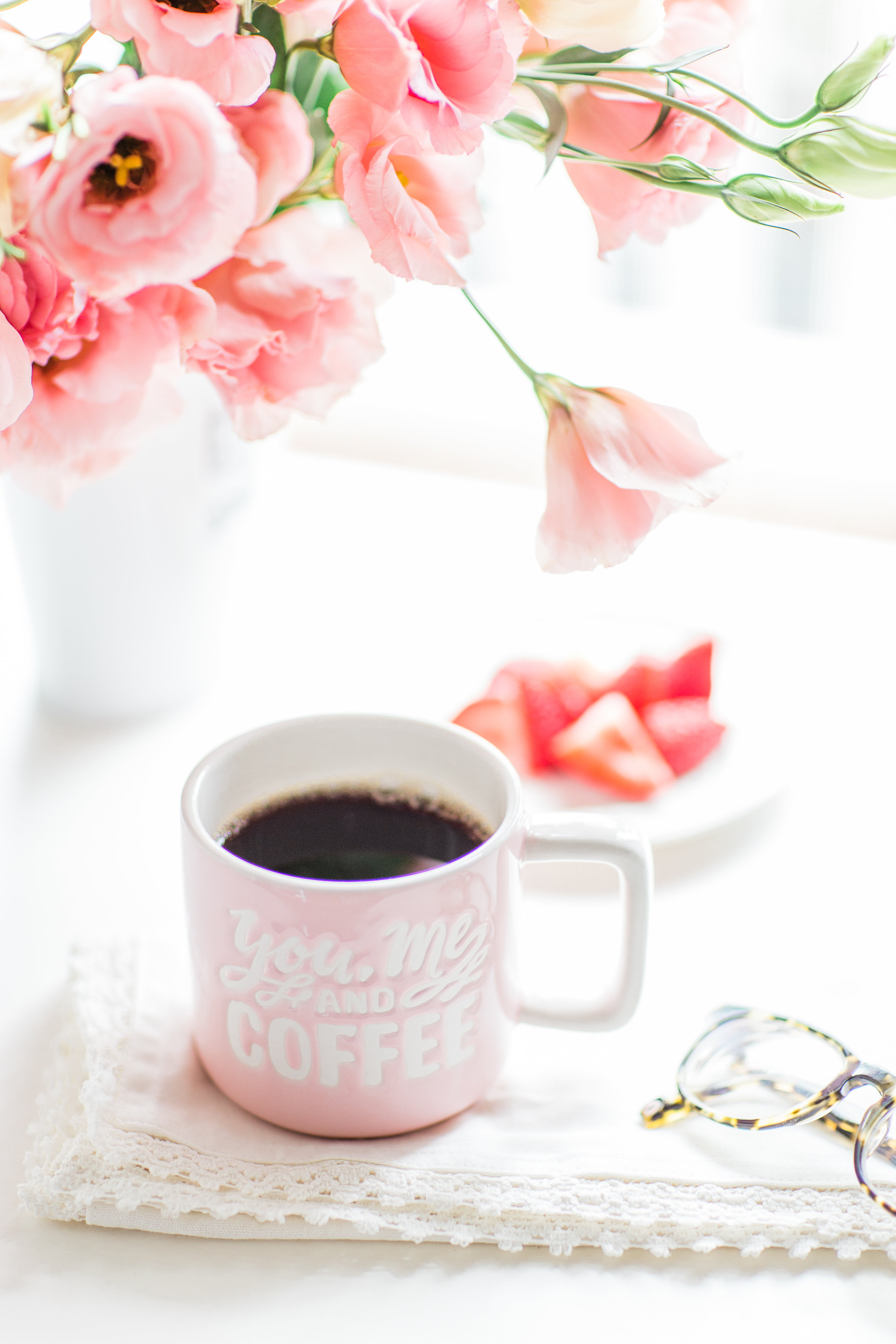 Lifestyle blogger Lexi of Glitter, Inc. shares a few little love notes to the things she loved most this week, including coffee, a French-style apple tart, American small talk, and more. | glitterinc.com | @glitterinc