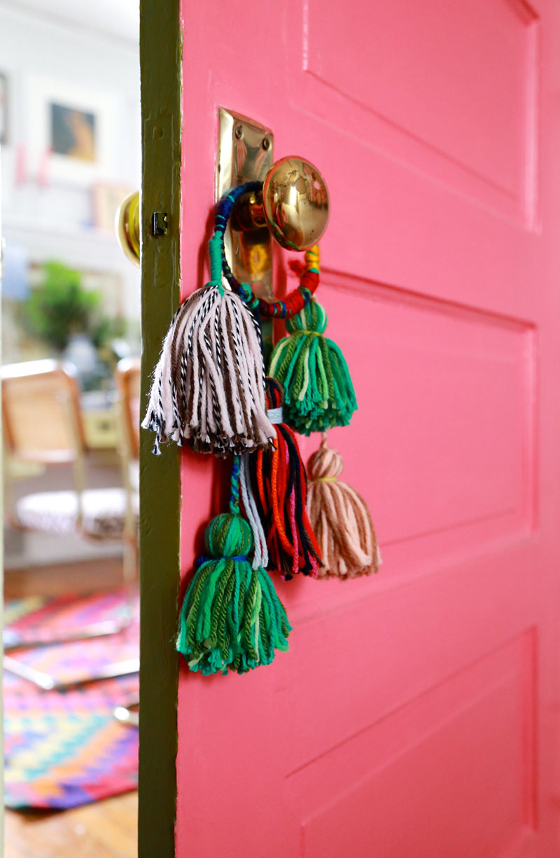 Home Design Trends: Chic Door Knob Tassels. Click through for the details. | glitterinc.com | @glitterinc