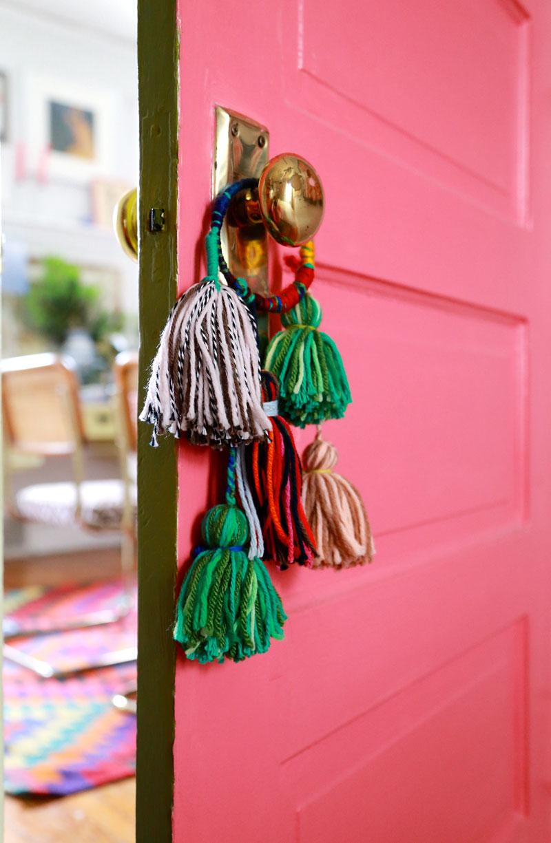Home Design Trends: Chic Door Knob Tassels. Click through for the details. | glitterinc.com | @glitterinc