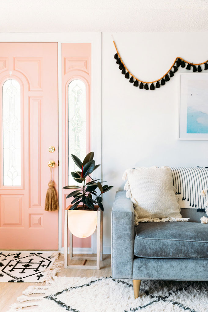 Home Design Trends: Chic Door Knob Tassels. Door Tassel on a Pink Interior Door. Click through for the details. | glitterinc.com | @glitterinc