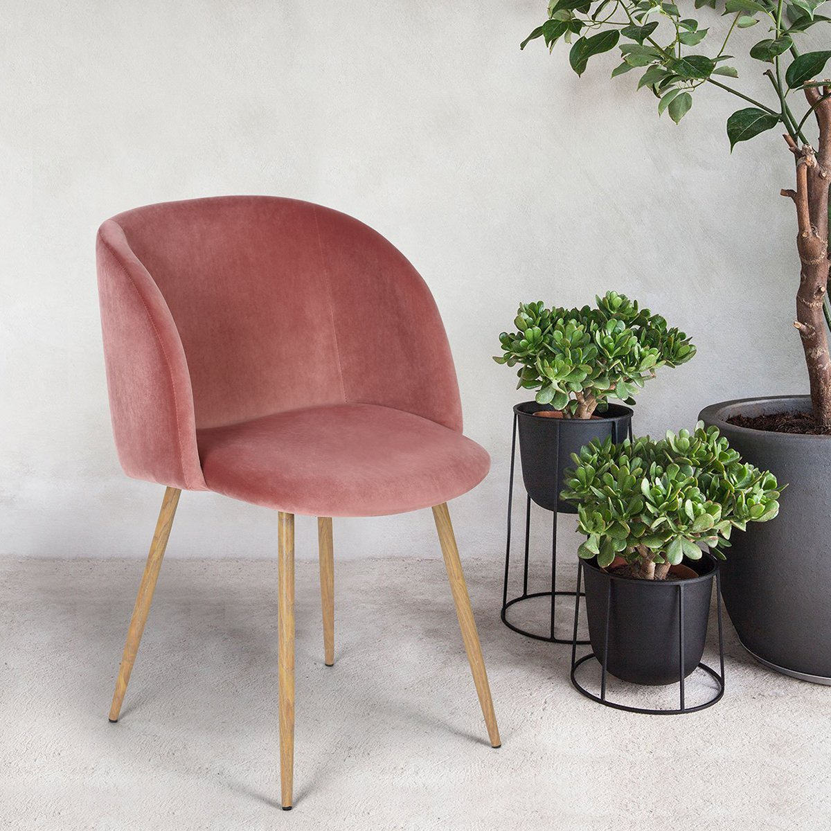 The internet is obsessed with these affordable mid-century modern velvet chairs on Amazon, and you will be too. | glitterinc.com | @glitterinc - Everyone is Obsessed With These Affordable Velvet Chairs on Amazon by North Carolina style blogger Glitter, Inc.