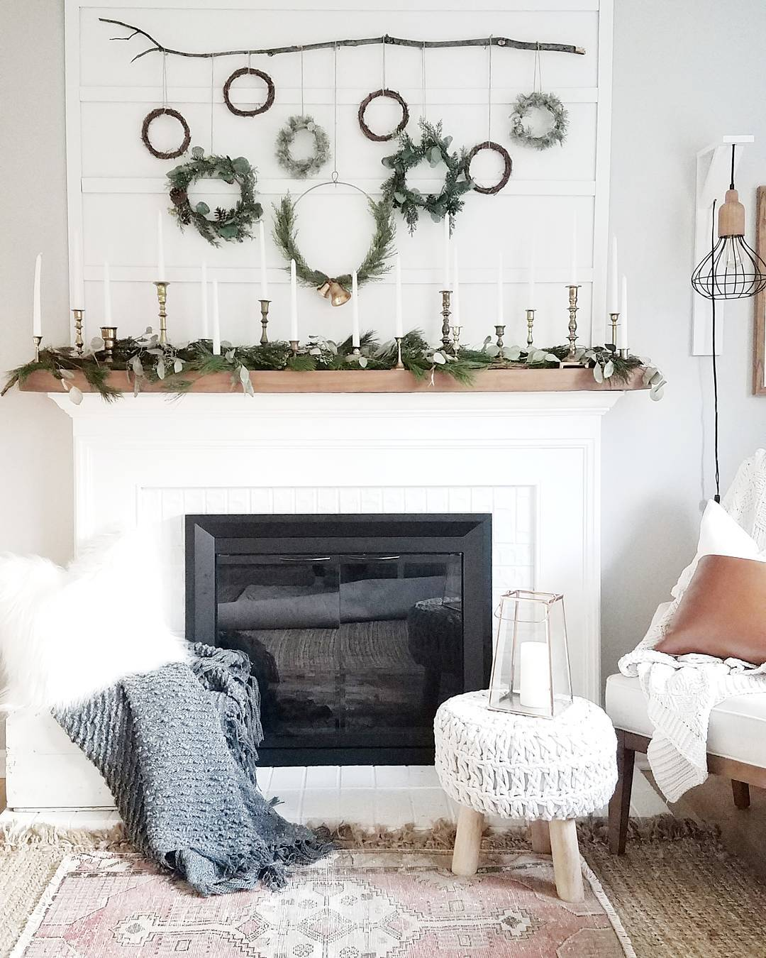 Lifestyle blogger Lexi of Glitter, Inc. shares a few little love notes to the things she loved most this week, including decorating for the holidays, an $18 pearl-studded sweater dress, and lazy blackberry morning buns. | glitterinc.com | @glitterinc