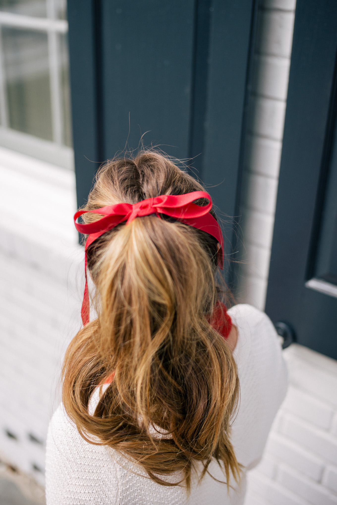 6 simple holiday hairstyles - with the party-ready hair tutorials - that are sure to WOW at your next event this holiday season. | glitterinc.com | @glitterinc - Holiday High Pony Tail - 6 Simple Holiday Hairstyles That Are Sure to Wow by North Carolina style blogger Glitter, Inc