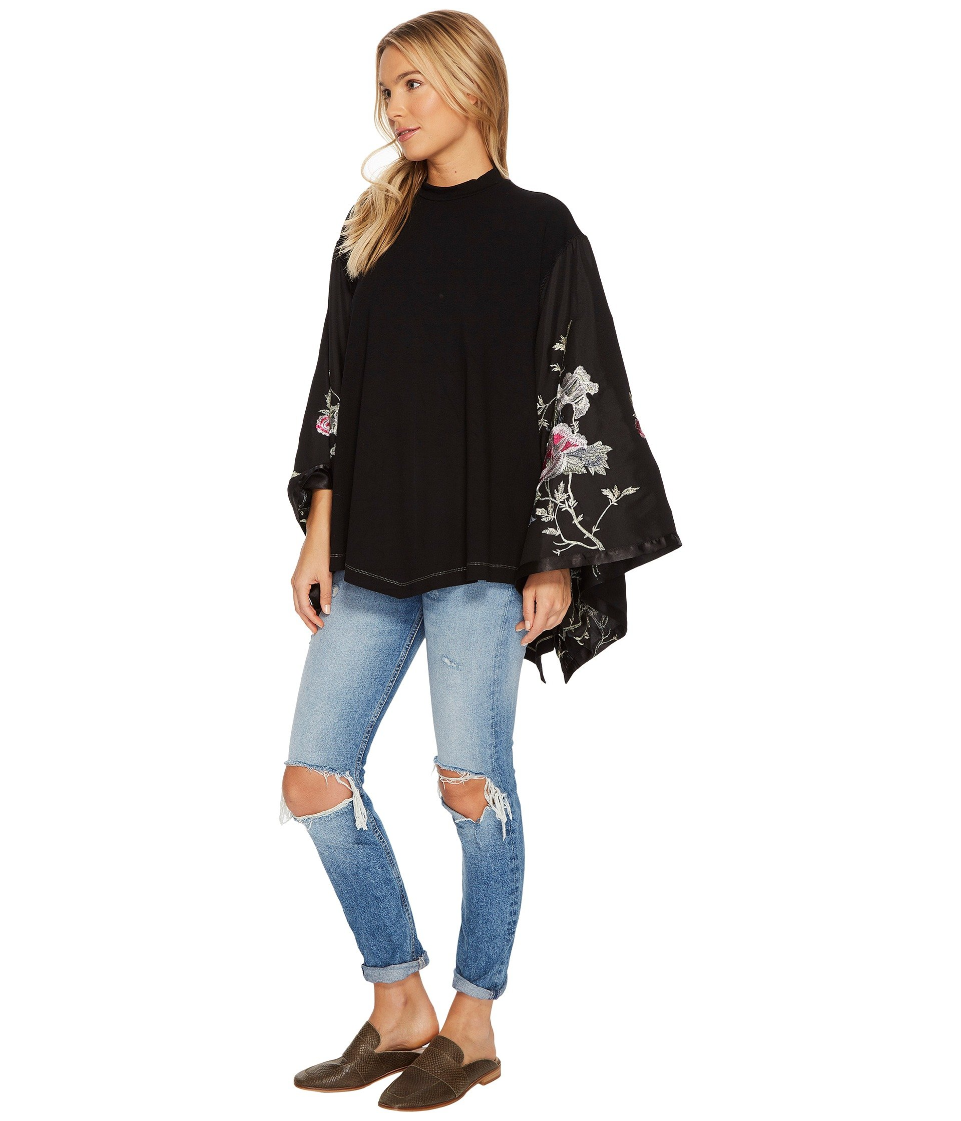 Free People Sydney's Tuesday Top - Weekly Picks by North Carolina style blogger Glitter, Inc.