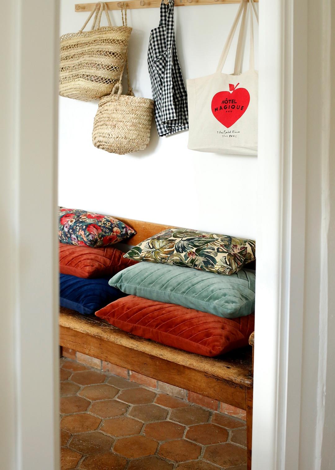 Sézane Large Velvet Cushions