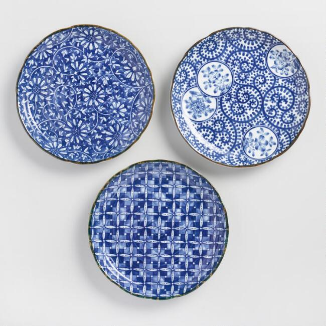 World Market Indigo And White Porcelain Kichi Dinner Plates Set Of 3 - Weekly Picks by North Carolina style blogger Glitter, Inc.