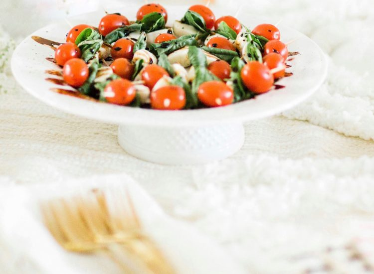 Simple Caprese Skewers With Balsamic Drizzle – A Perfect Appetizer