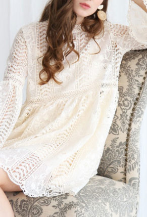 cover2-Endless-Floral-Romance-Crochet-Dress-in-Cream