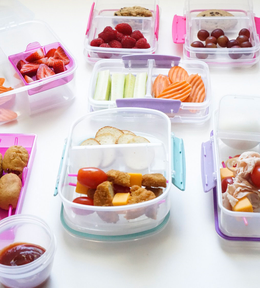 20 lunch ideas your kids will actually eat! (That aren't sandwiches!) Plus, how to meal prep school lunch for a stress-free week. #schoollunch #bentolunch #mealprep #lunchmealprep #lunchboxmeals Click through for the details. | glitterinc.com | @glitterinc
