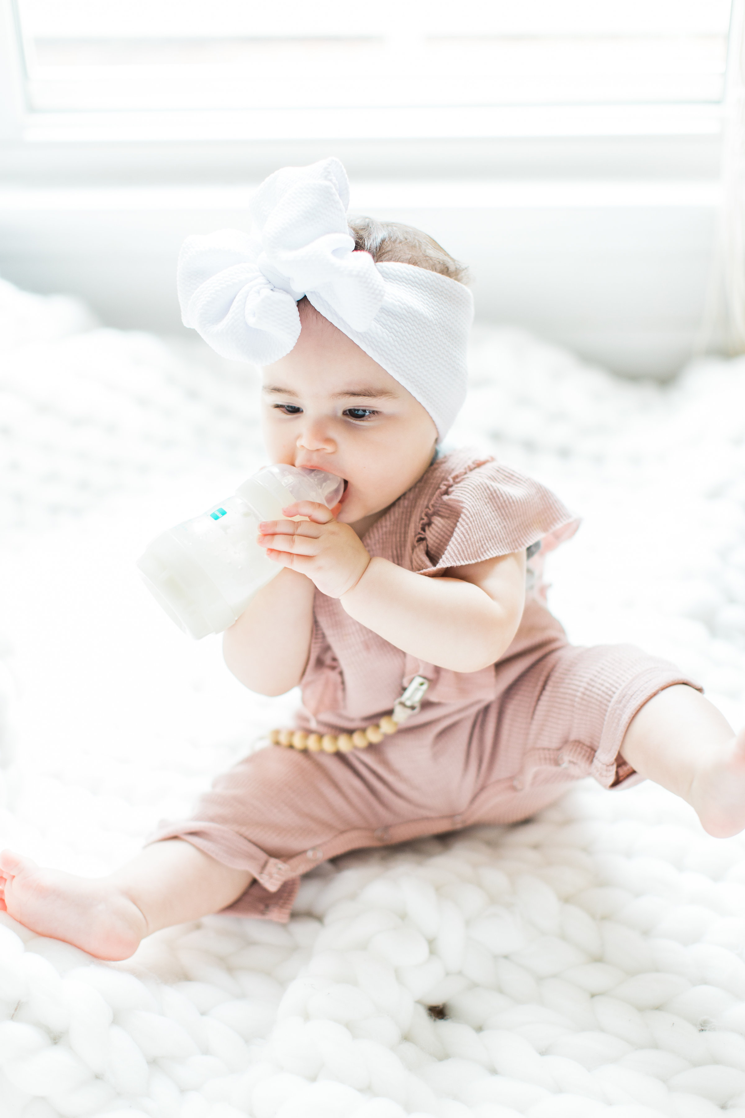 Having a baby with acid reflux can feel like the most exhausting uphill battle when you're a new parent. These are 7 tips and tricks for helping babies with reflux (that actually work!), plus a few hallmark signs that your baby does in fact have reflux. Click through for the details. #acidreflux #babyreflux #infantreflux #gerd #colic #howtotreatreflux | glitterinc.com | @glitterinc