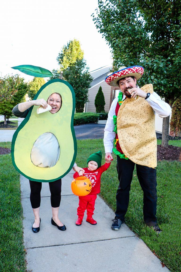 DIY Maternity Avocado, Baby Sriracha, and Dad Taco Family Costume. Click through for plenty of fun DIY costumes for families. #halloween #halloweencostumeideas #familyhalloweencostume #familyhalloweencostumeideas | glitterinc.com | @glitterinc