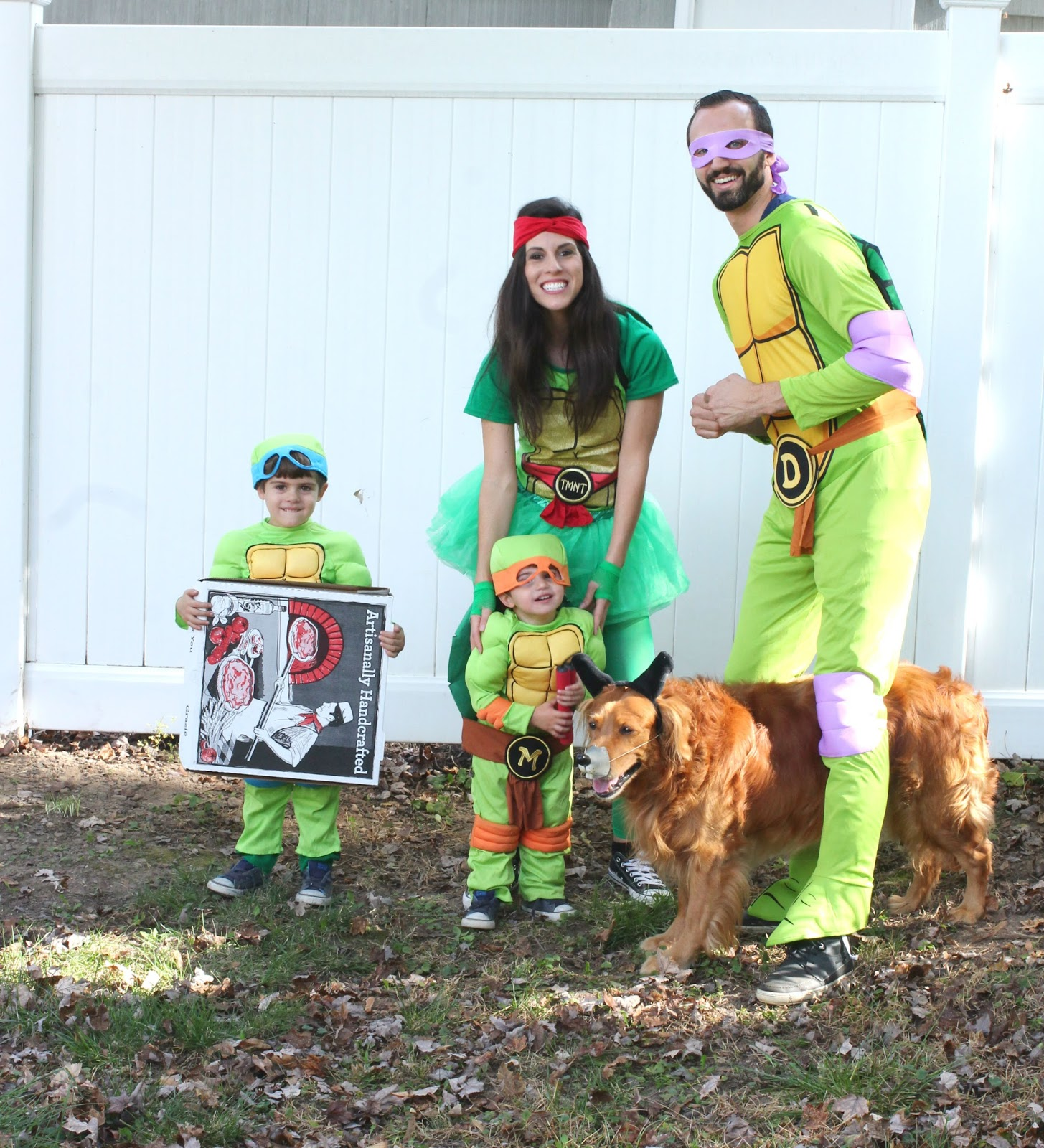10 Adorably Awesome Halloween Costumes for Family, Kids, and Babies, including this Ninja Turtles Family Costume. Click through for plenty of fun DIY costumes for families. #halloween #halloweencostumeideas #familyhalloweencostume #familyhalloweencostumeideas | glitterinc.com | @glitterinc