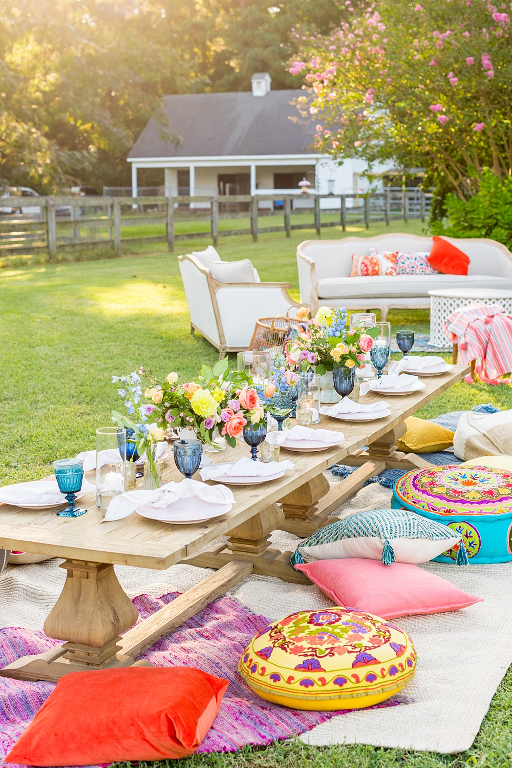 Thirtieth birthday party. Full of color, lush garden flowers, and the yummiest vegan unicorn confetti cakes you ever did find! Click through for the details. Mikkel Paige Photography #gardenparty #birthdayparty #bohemianparty #unicornparty #styledshoot #backyardparty #flowers | glitterinc.com | @glitterinc