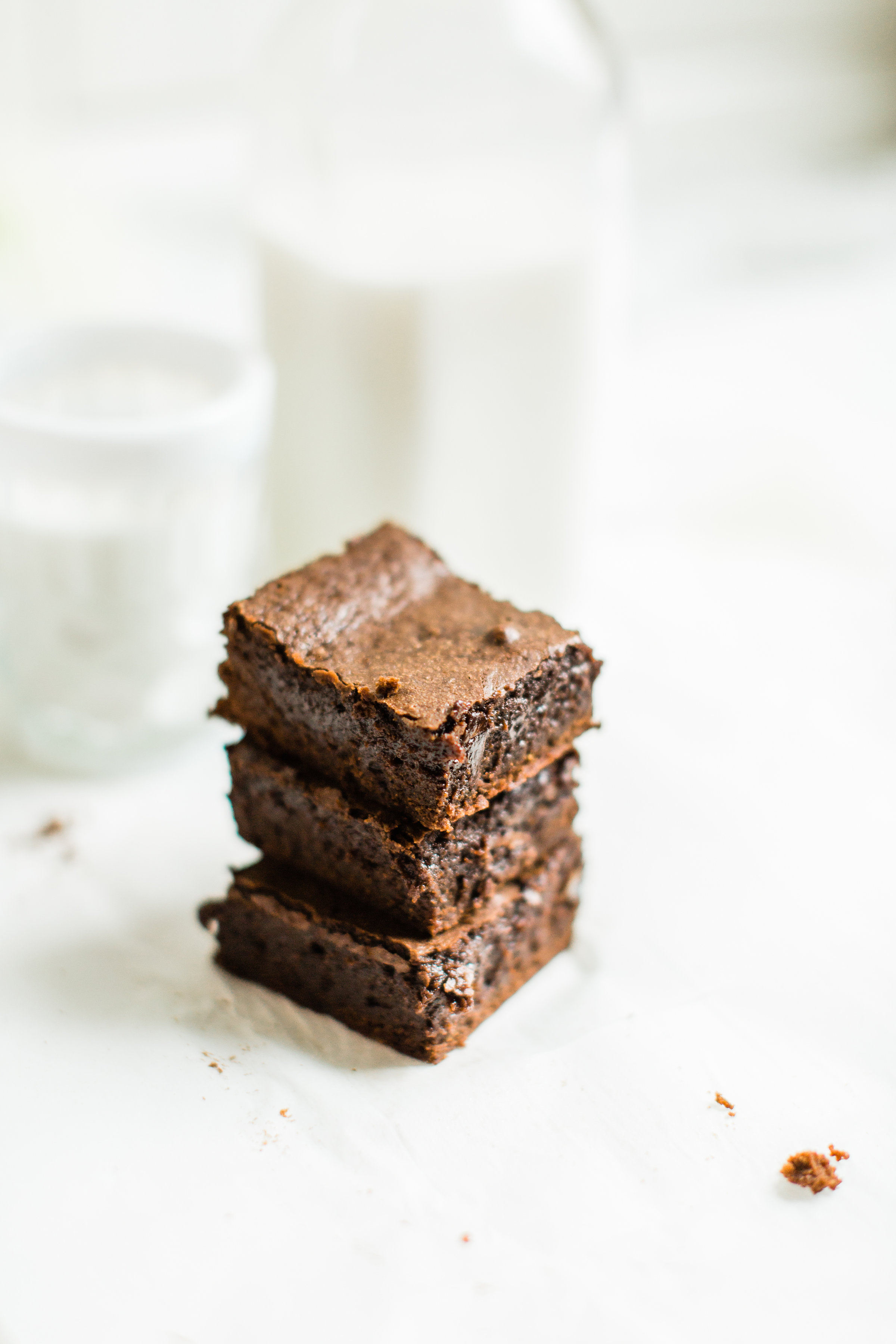 Fudgy, Chewy, Cakey, Better Than Box Mix Brownies | glitterinc.com | @glitterinc