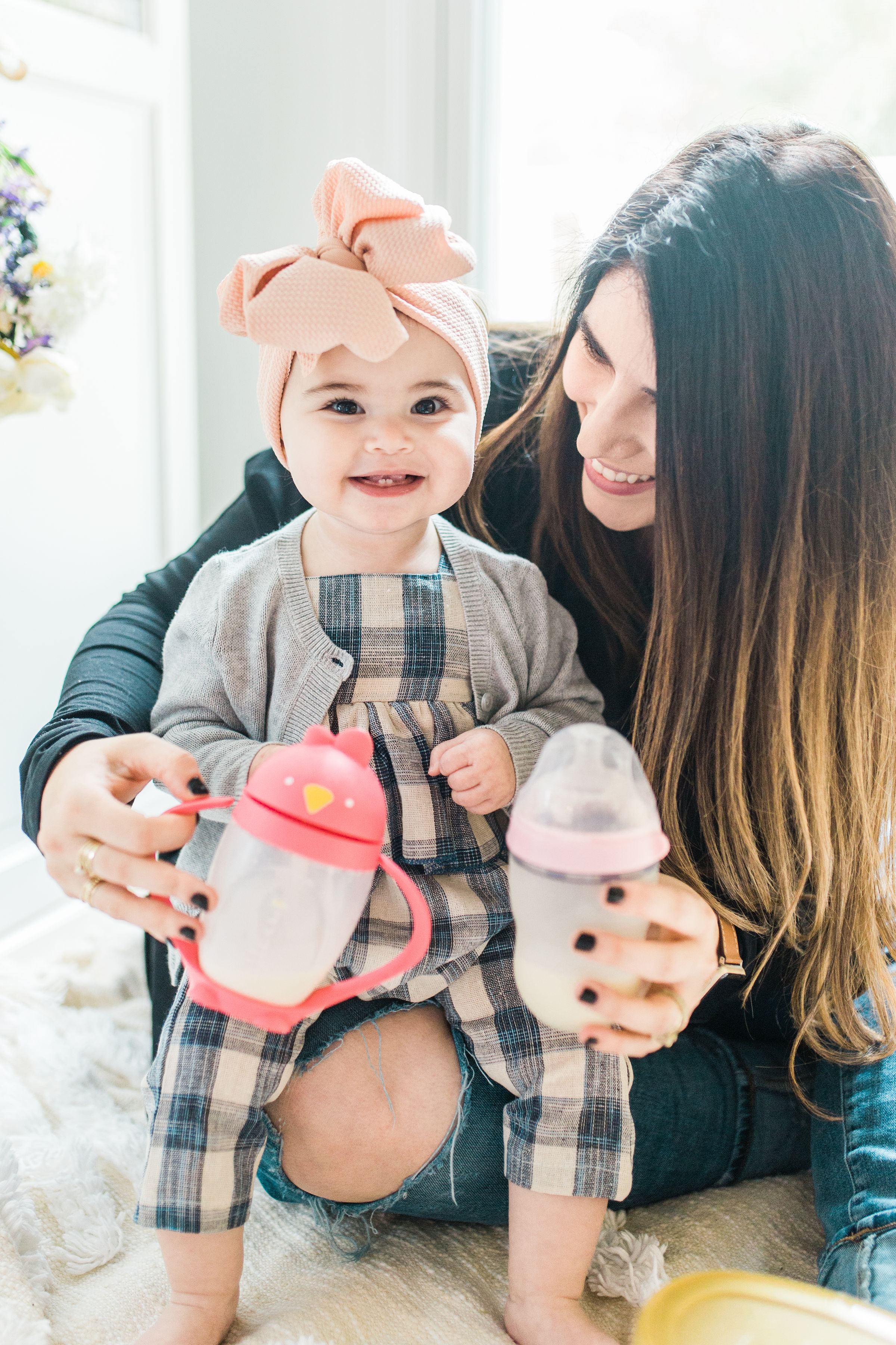 How We Transitioned Baby From A Bottle To A Sippy Cup