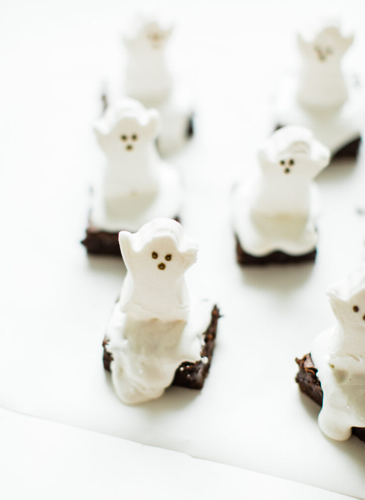 Easy Spooky Ghost Brownies