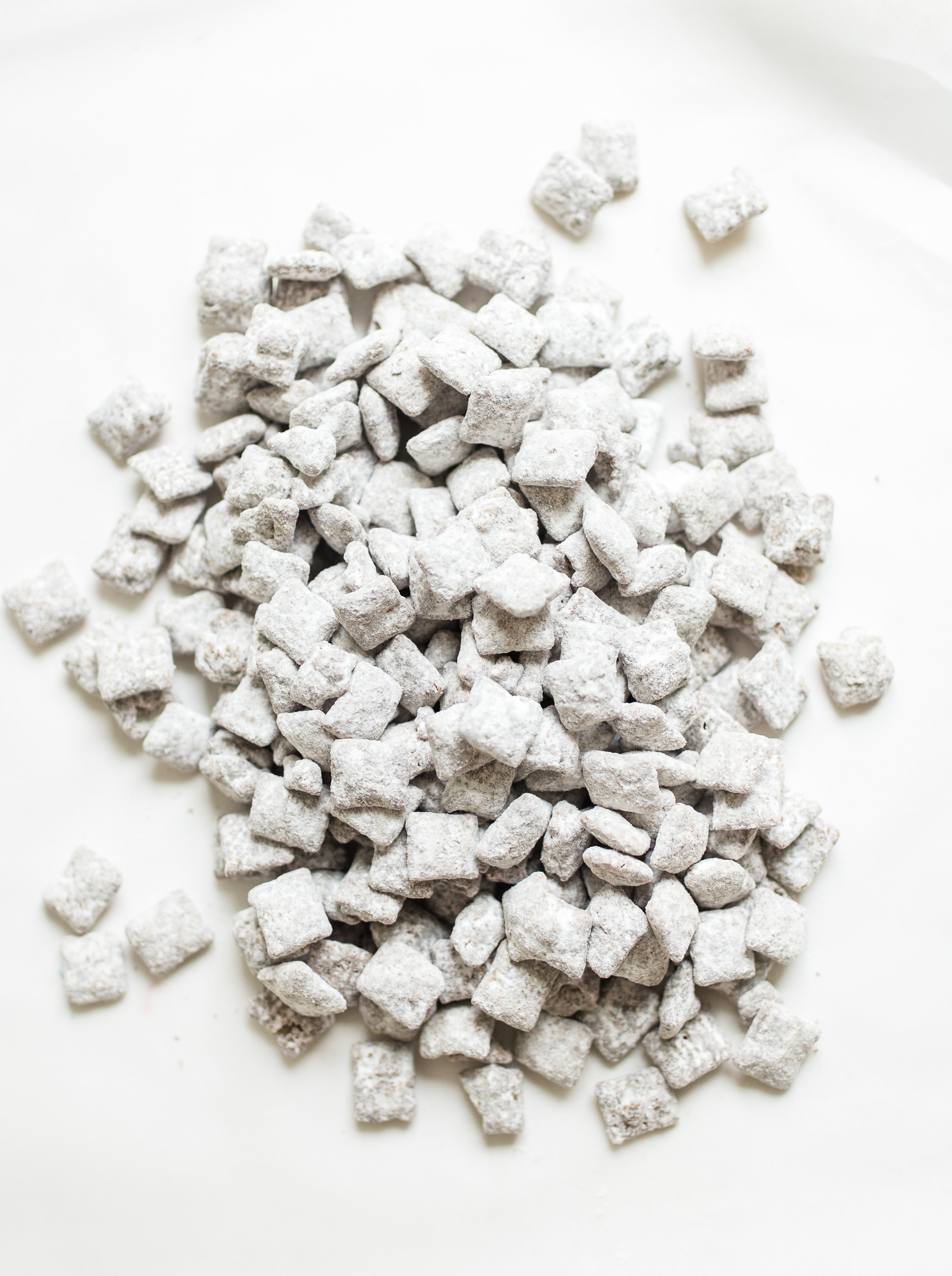 How to MakeClassic Puppy Chow Muddy Buddies