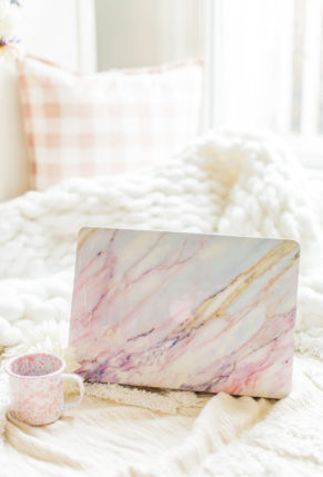 light pink marble laptop case – fashion blogger – online shopping – glitterinc.com – GlitterInc-5363