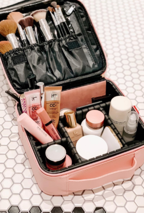 $20 pink travel makeup bag from Amazon
