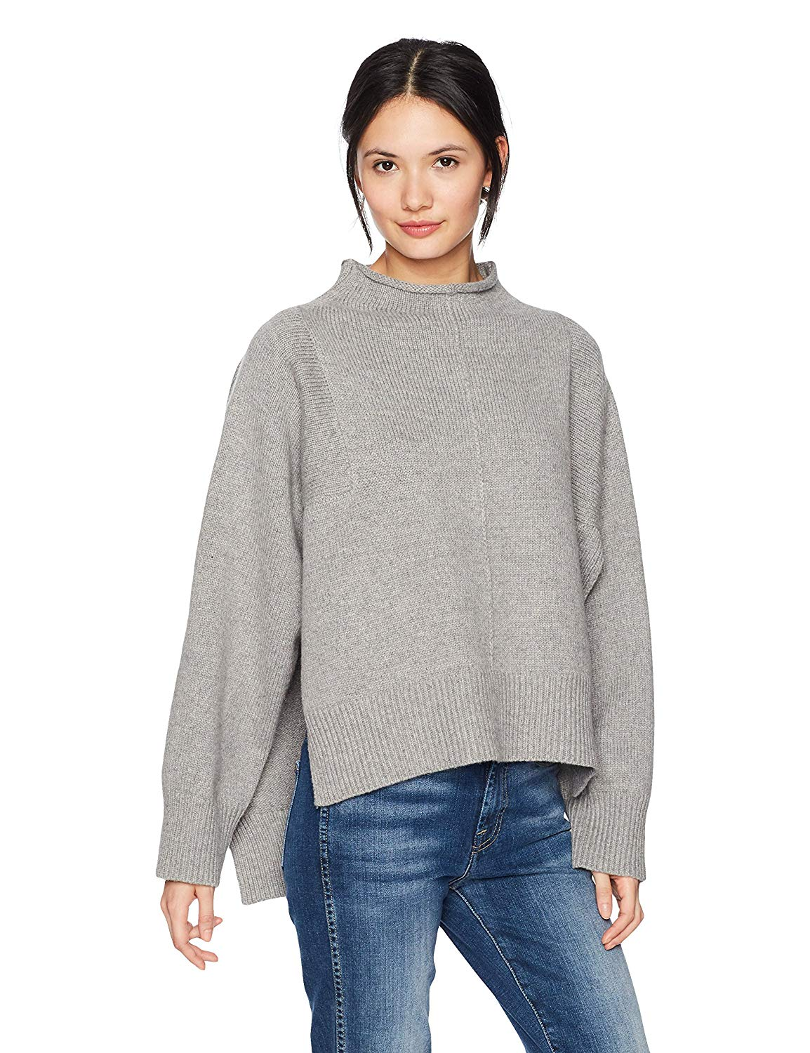Lifestyle blogger Lexi of Glitter, Inc. shares her favorite weekly finds from around the web, including this MOON RIVER Women's Mock Neck Boxy Boyfriend Sweater from Amazon. | glitterinc.com | @glitterinc