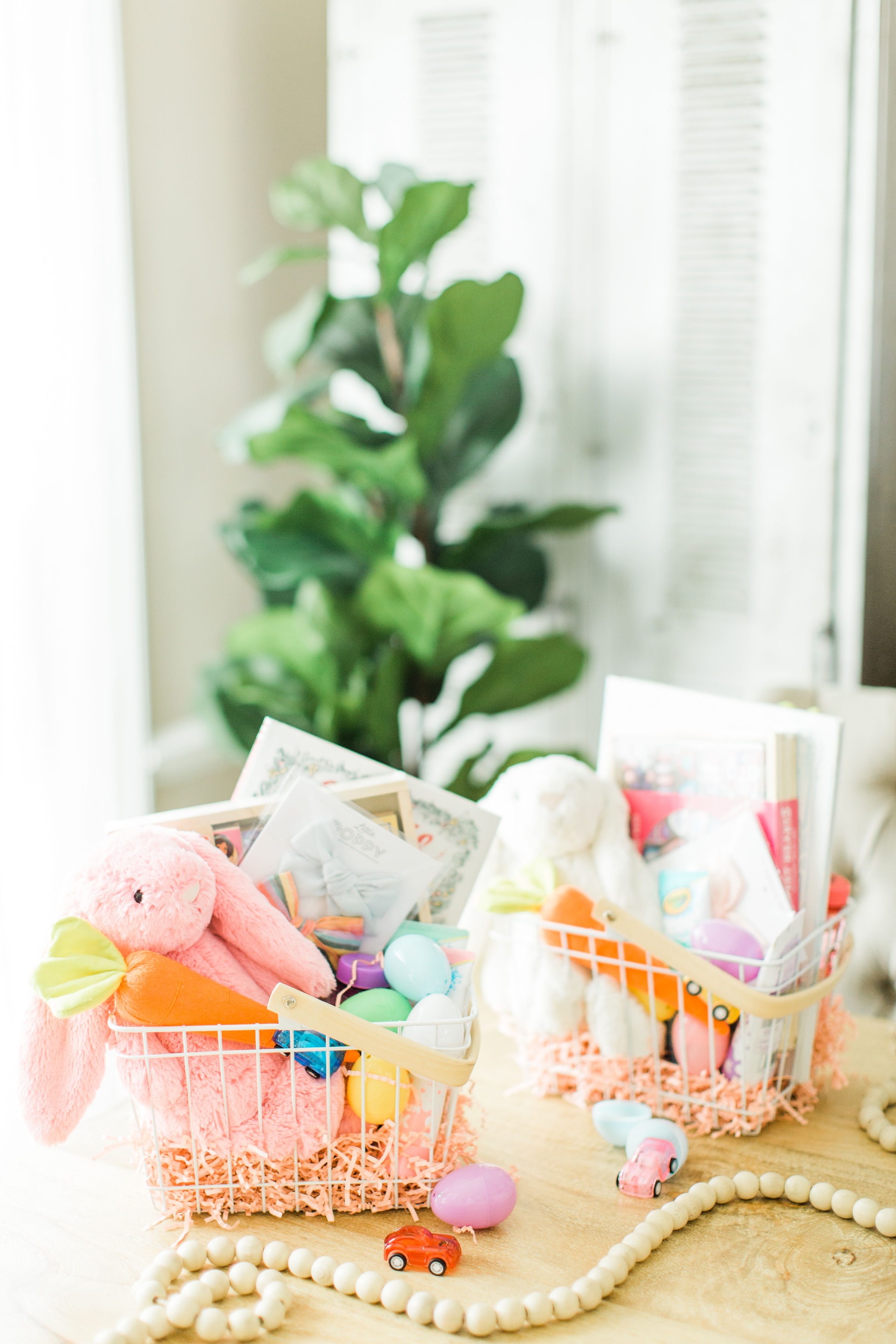 We're showing you everything we put in our own kids' Easter baskets this year and how to make your own! | glitterinc.com | @glitterinc