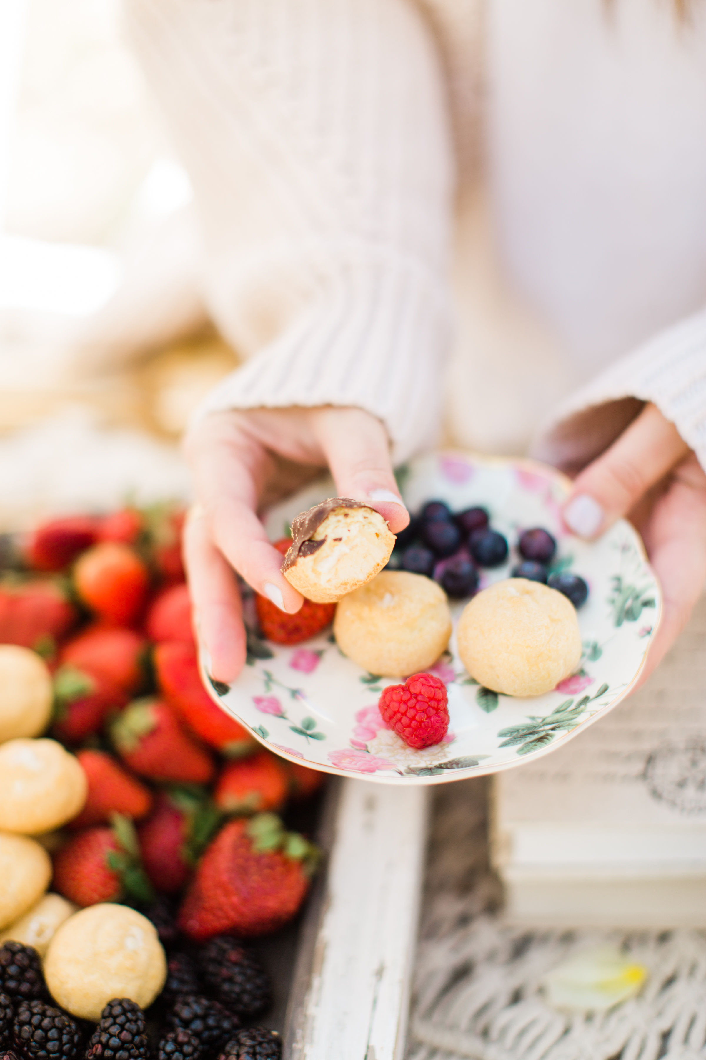 Welcome the sunshine with a whimsical outdoor spring tea and dessert party - Delizza Puffs