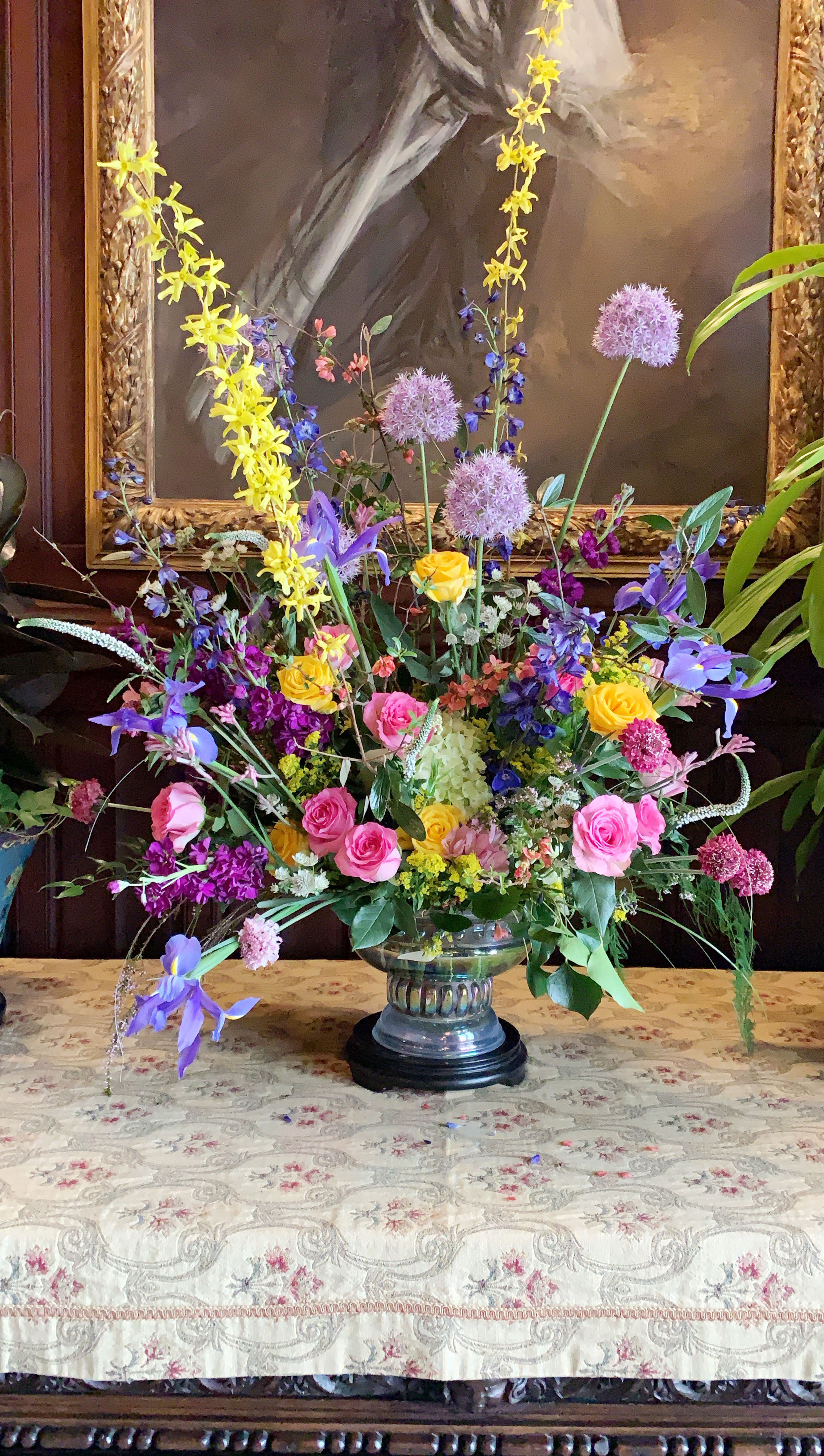 The Biltmore House is spectacular, and it's made all the more incredible with beautiful exhibits and stunning fresh flowers.