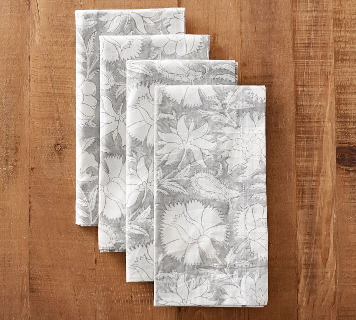 favorite weekly finds from around the web, including these Pottery Barn Block Print Sabah Gray Floral Napkins | glitterinc.com | @glitterinc