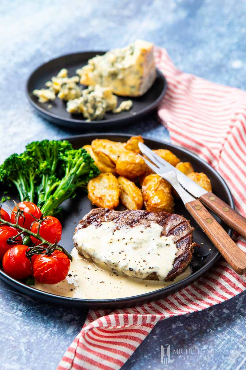 What better way to celebrate a big birthday than with a delicious, home cooked meal? Click through for 40 delicious birthday dinner ideas to celebrate that special someone at home. #recipes | glitterinc.com | @glitterinc // Blue Cheese Sauce for Steak