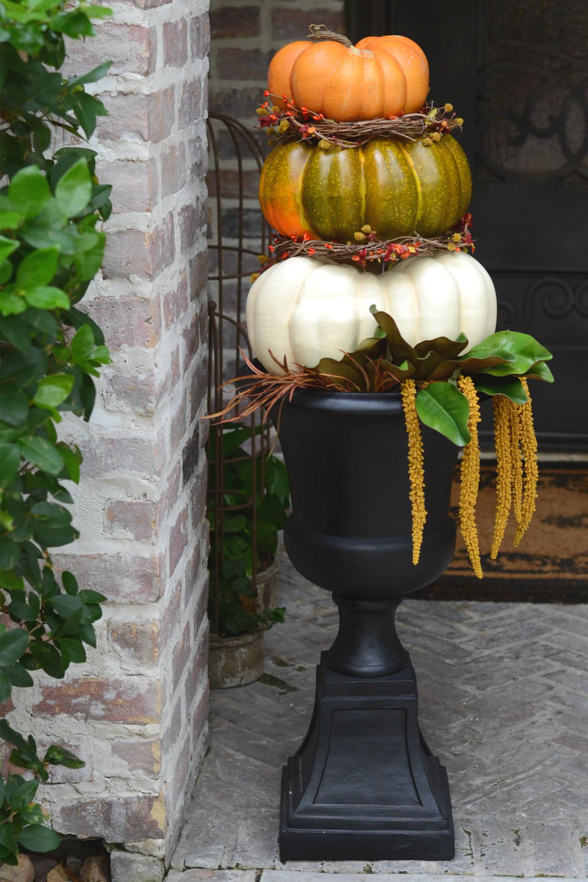 DIY Pumpkin Topiary for the Front Porch
