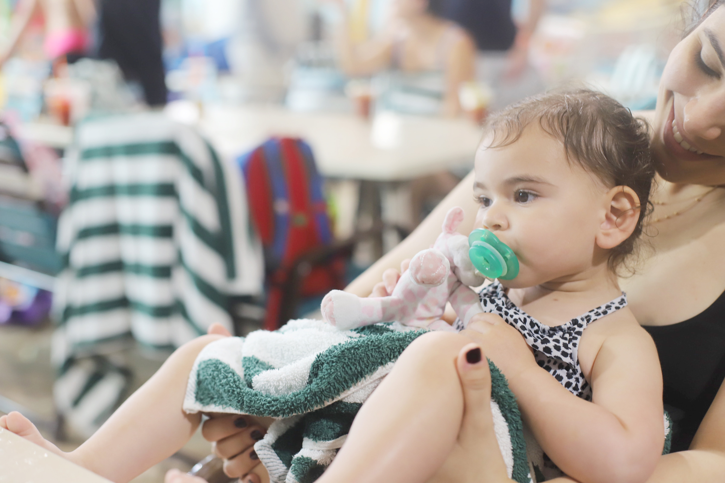 Planning a family trip to the Great Wolf Lodge? We're sharing all about our weekend vacation at Great Wolf Lodge in New England (just outside of Boston), and how to have the best time ever with your kids. | glitterinc.com | @glitterinc