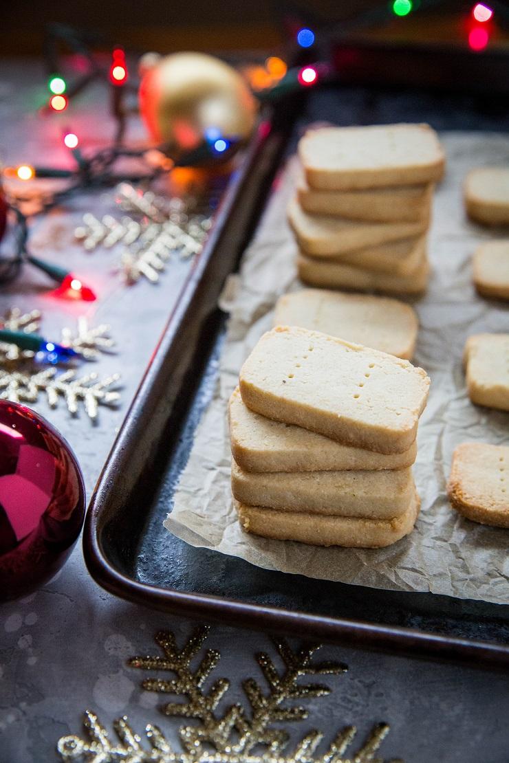 3-ingredient paleo shortbread | glitterinc.com | @glitterinc