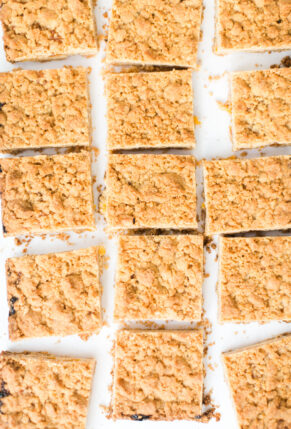 Amazing-Shortbread-Crumble-Jam-Bars-recipe-glitterinc.com-6819