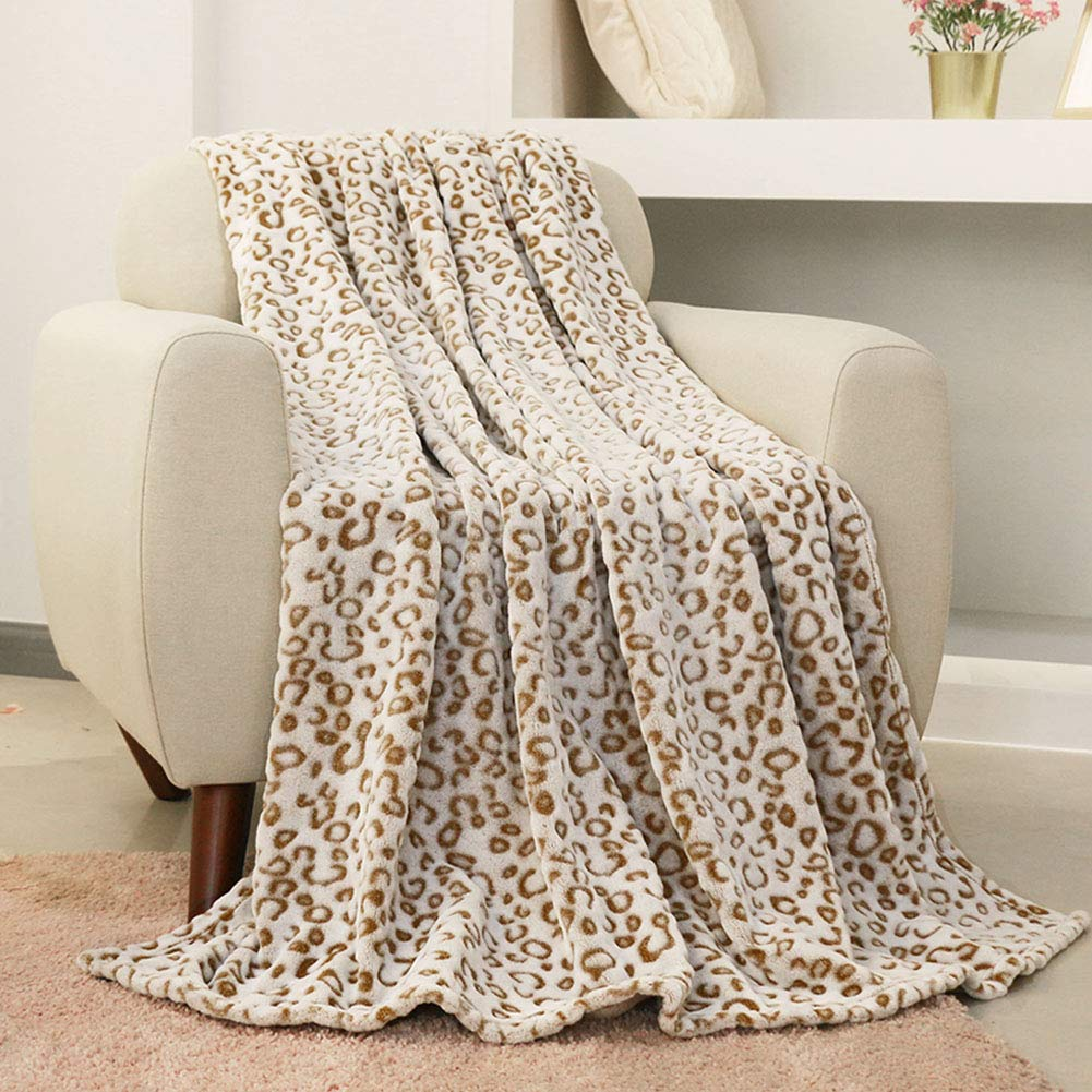 Cozy Plush Leopard Throw Blanket