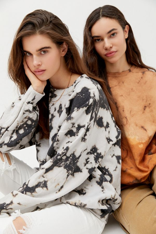 Urban Renewal Recycled Monochrome Tie-Dye Crew Neck Sweatshirt, 12 Adorably Chic Sweatshirts You'll Want In Your Closet