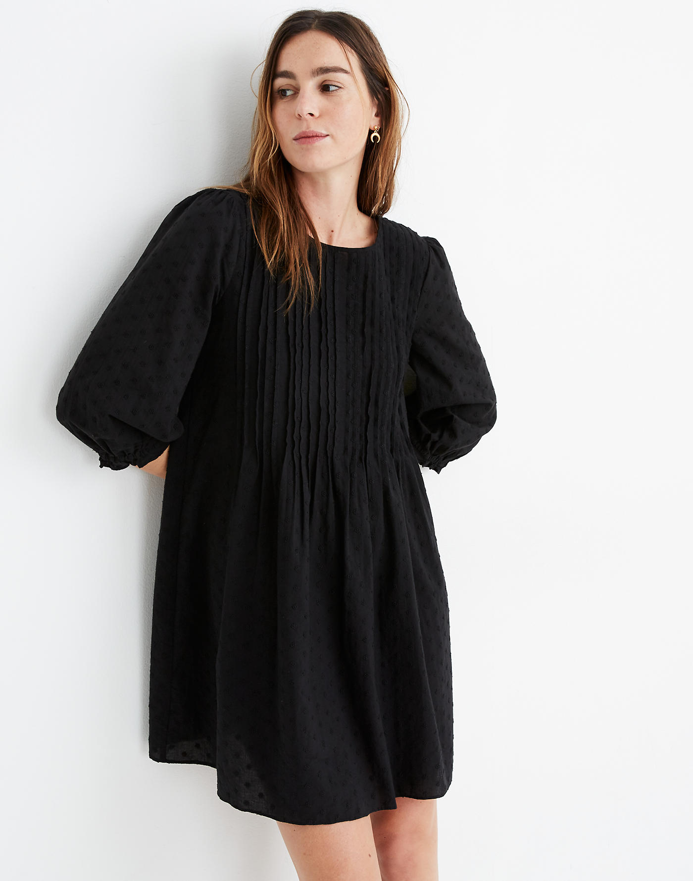 WEEKLY FINDS; including the MADEWELL Embroidered Pintuck Minidress | glitterinc.com | @glitterinc