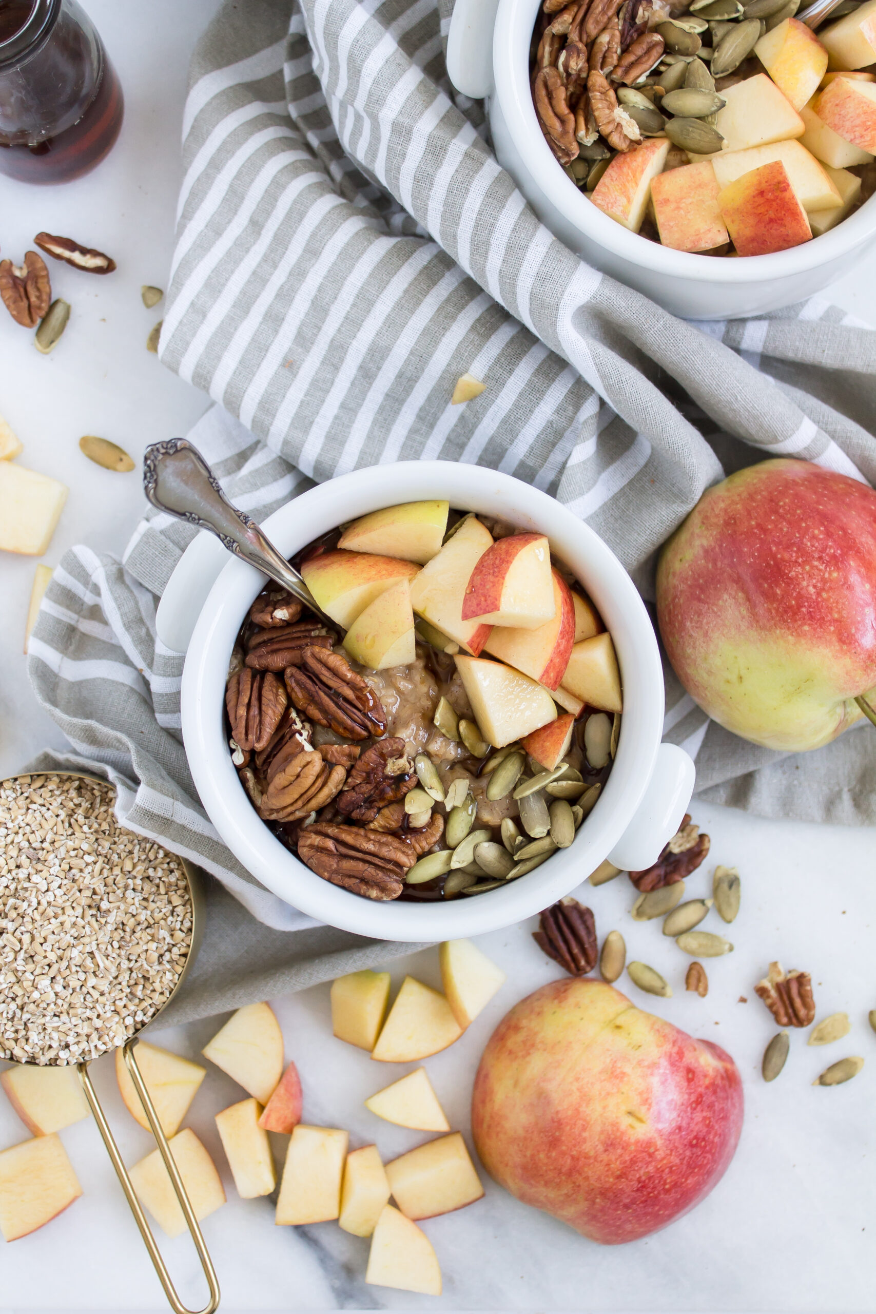 On-the-Go and Make-Ahead Breakfast Recipes Apple Cinnamon Steel Cut Oats