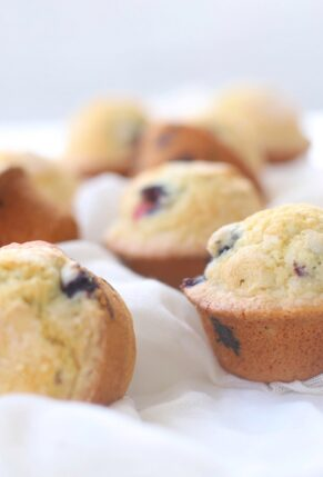 Bakery Style Dairy-Free Fluffy and Moist Blueberry Muffins Recipe – GLITTERINC.COM – image 2