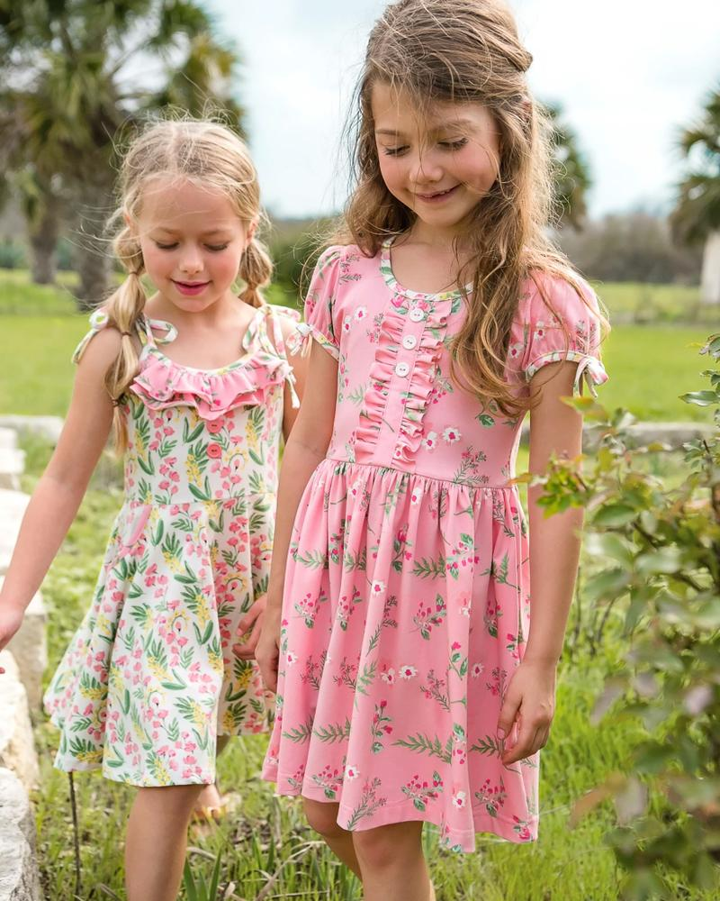 If you have a little girl who loves a great twirly dress, this post is for you! Sharing where to find the very best twirly dresses; a.k.a., skater dresses, for kids. | glitterinc.com | @glitterinc // Eleanor Rose Dress