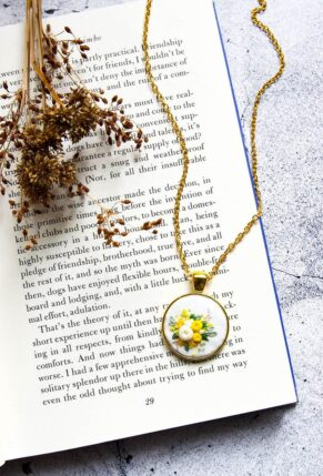 Hand Embroidered Flowers Necklace on Etsy