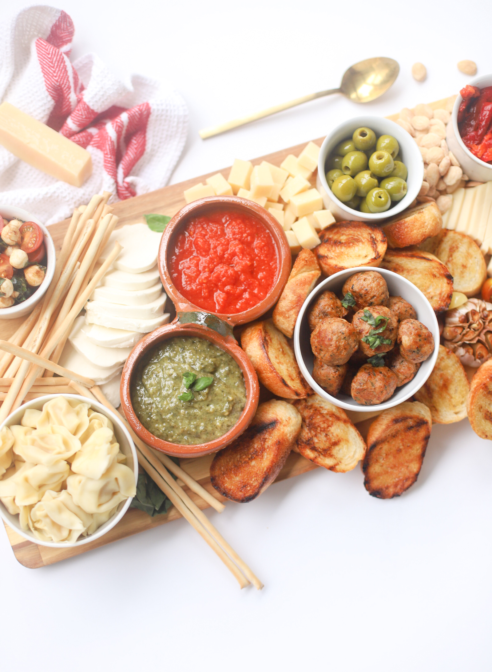 Italian Family Dinner Charcuterie Board - The perfect Communal Snacking Meal for Summer - GLITTERINC.COM