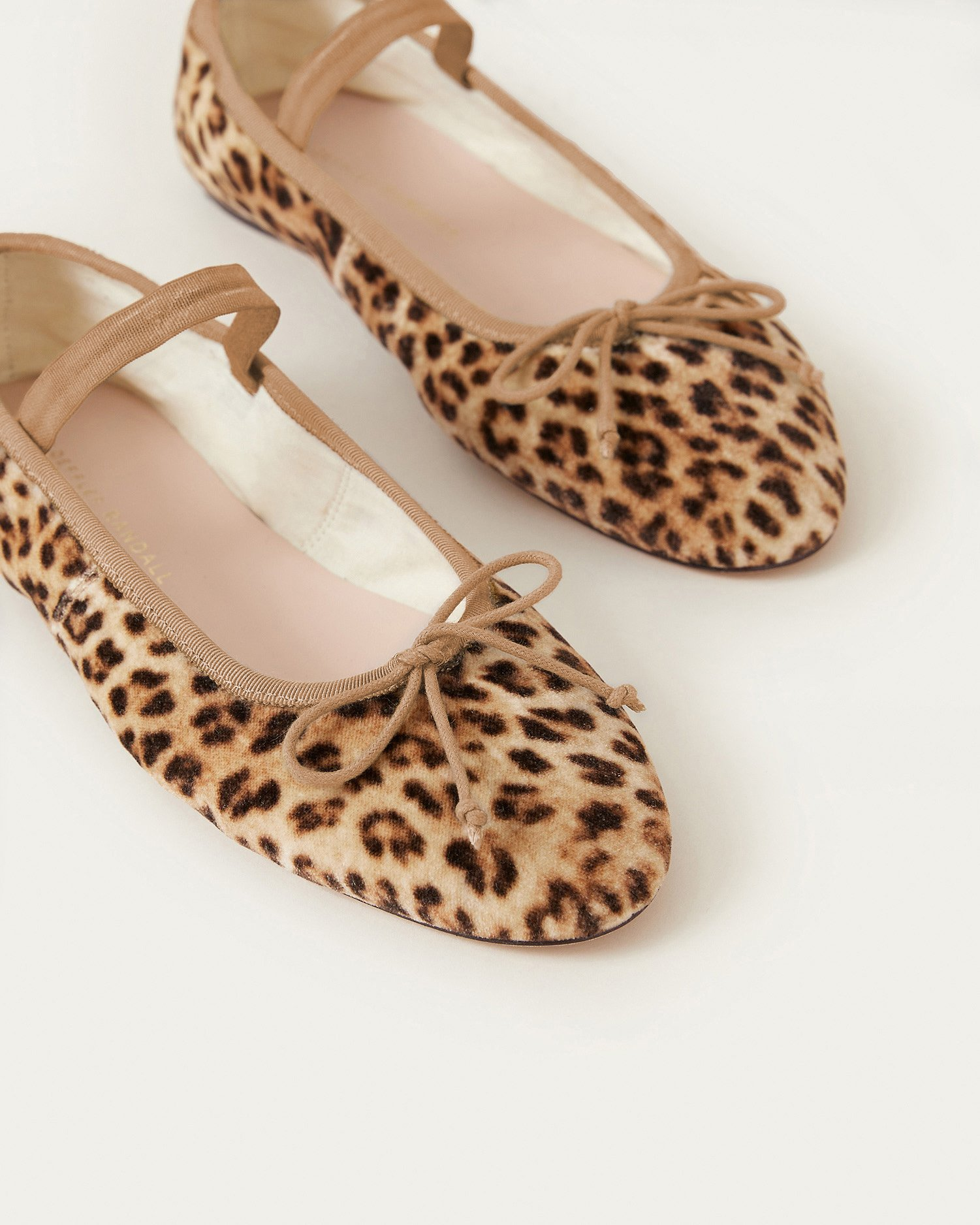 Weekly Finds + The Most Perfect Ballet Flats